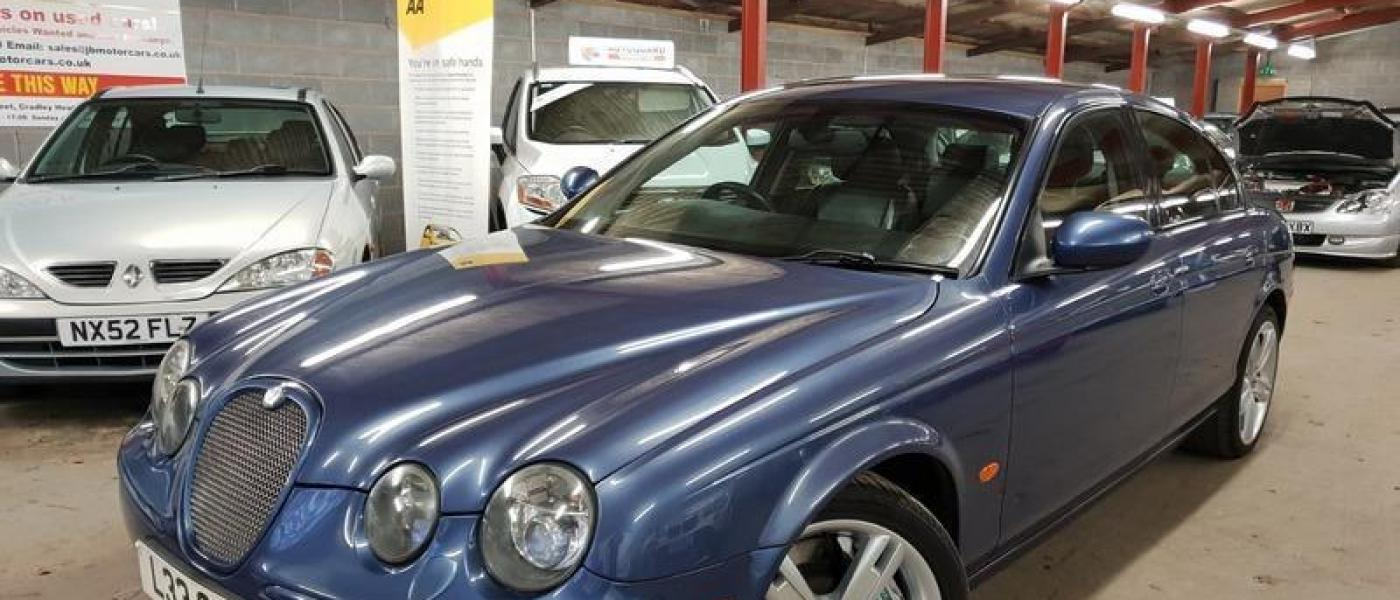 Jaguar S-Type R V8